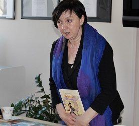 Zapowiedź i oferta spotkań internetowych z pisarką dla dzieci  i młodzieży -Renatą Piątkowską